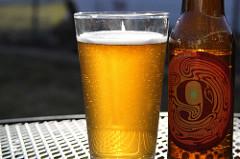 Monyo sör
